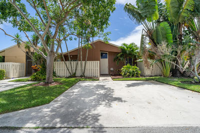 Boca Raton Single Family Home For Sale: 22305 Timberly Drive