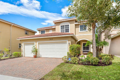 Boynton Beach Single Family Home For Sale: 10815 Lake Wynds Court