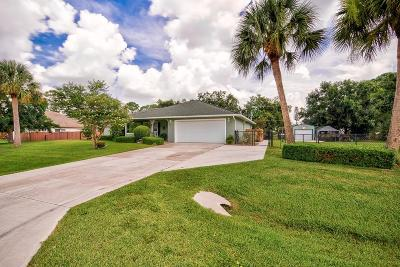 Fort Pierce Single Family Home For Sale: 7204 Coquina Avenue
