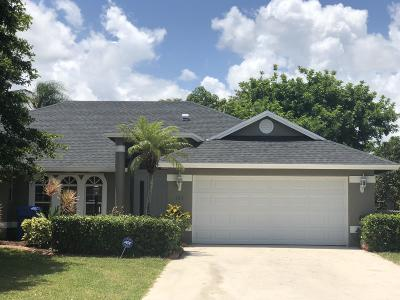 Royal Palm Beach Single Family Home For Sale: 105 Knights Court