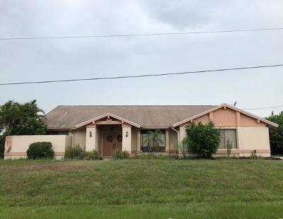 Port Saint Lucie Single Family Home Contingent: 2430 SE Elston Street