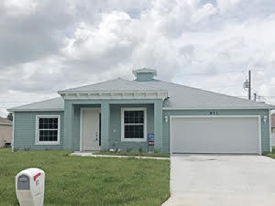 Port Saint Lucie Single Family Home For Sale: 1254 SW Medina Avenue