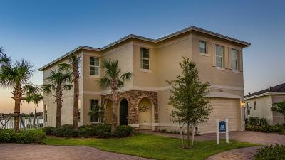 Port Saint Lucie Single Family Home For Sale: 1567 NW Cataluna Circle