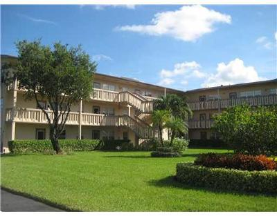 Boca Raton Condo For Sale: 320 Fanshaw H #320