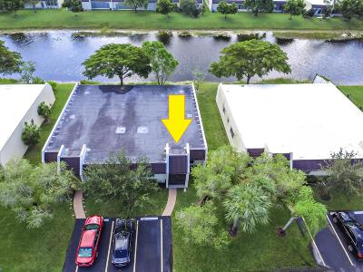 West Palm Beach Single Family Home For Sale: 110 Lake Terry Drive