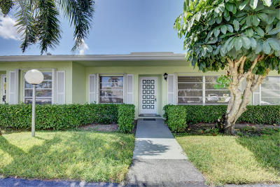 Delray Beach Condo For Sale: 2381 Shady Lane #104-B