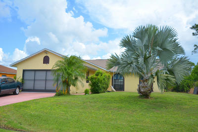 Port Saint Lucie Single Family Home For Sale: 1014 SW Mataro Avenue