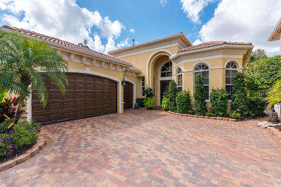 Delray Beach Single Family Home For Sale: 6321 Via Venetia