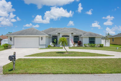 Royal Palm Beach Single Family Home For Sale: 103 Brook Woode Court