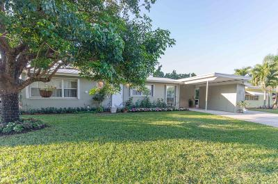 North Palm Beach Single Family Home For Sale: 825 Dogwood Road