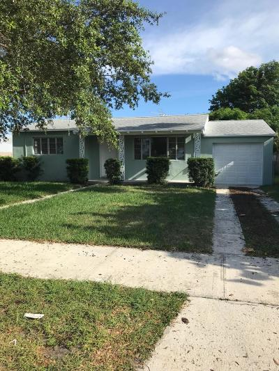 West Palm Beach Single Family Home For Sale: 330 Summa Street