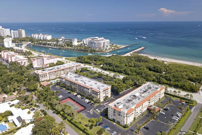 Palm Beach County Condo For Sale: 1111 S Ocean Boulevard #320