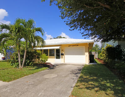 Lake Worth Single Family Home For Sale: 725 Lakeside Drive