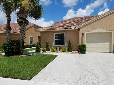 Boynton Beach Single Family Home For Sale: 8625 Logia Circle