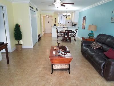 Lake Worth FL Condo For Sale: $140,000