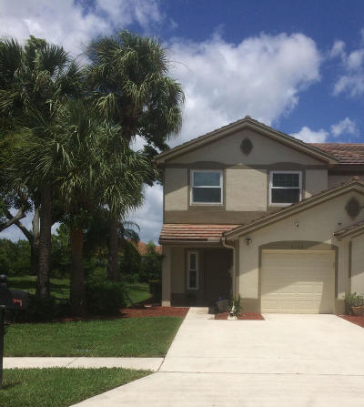 Lake Worth FL Townhouse For Sale: $264,999