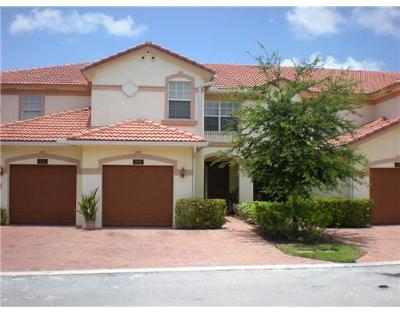 Delray Beach Townhouse For Sale: 16105 Poppyseed Circle #1802