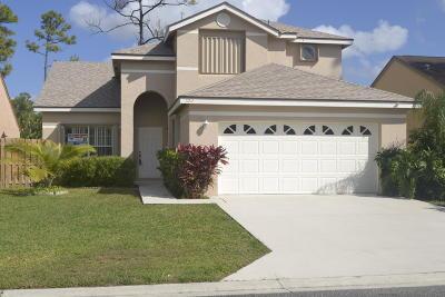 Royal Palm Beach Single Family Home For Sale: 103 Cypress Lane