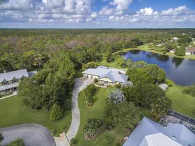 Stuart Single Family Home For Sale: 944 SE Waterside Way