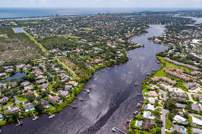 Tequesta Single Family Home For Sale: 18751 SE River Ridge Road