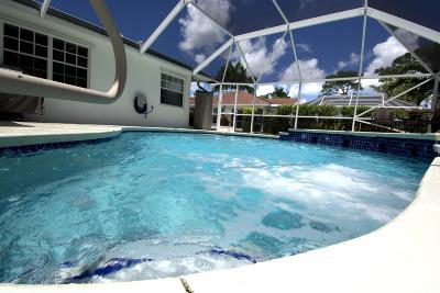 Royal Palm Beach Single Family Home For Sale: 103 Brook Woode Avenue