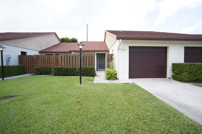 Boynton Beach Single Family Home For Sale: 3835 Coco Loba Ln Lane