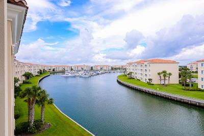 Fort Pierce Condo For Sale: 18 Harbour Isle Drive W #Ph-6