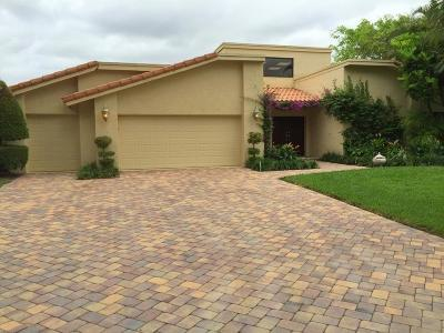Delray Beach Single Family Home For Sale: 4535 Cocoplum Way