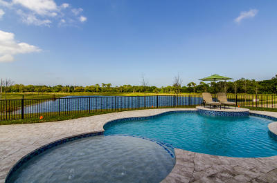 Vero Beach Single Family Home For Sale: 410 Sapphire Way SW