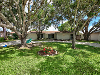 Single Family Home Sold: 4251 Hyacinth Circle