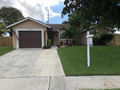 Boca Raton Single Family Home For Sale: 9139 Bedford Drive