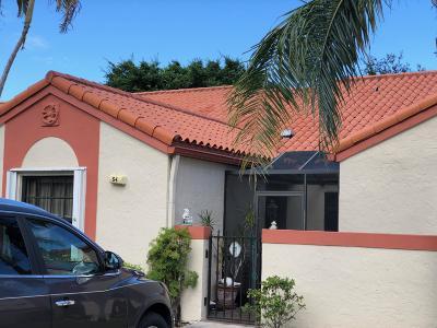 Deerfield Beach Single Family Home For Sale: 54 Centennial Court