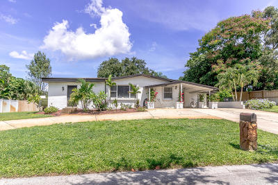 Stuart Single Family Home Contingent: 4229 SE Palmetto Street