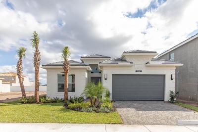 Delray Beach Single Family Home For Sale: 15392 Sandy Beach Terrace