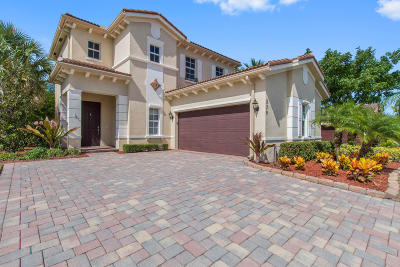Jupiter Single Family Home For Sale: 239 Behring Way