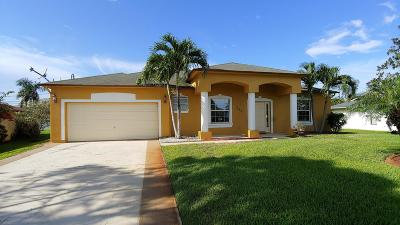 Single Family Home For Sale: 1165 SE Menores Avenue