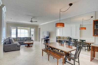 Fort Pierce Condo For Sale: 21 Harbour Isle Drive W #305