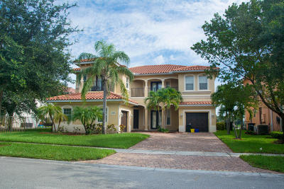 West Palm Beach Single Family Home For Sale: 574 Cresta Circle