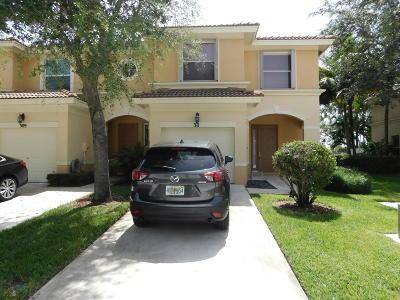 Royal Palm Beach Townhouse For Sale: 311 River Bluff Lane