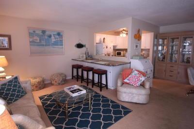 Boynton Beach Condo For Sale: 300 W Horizon #109