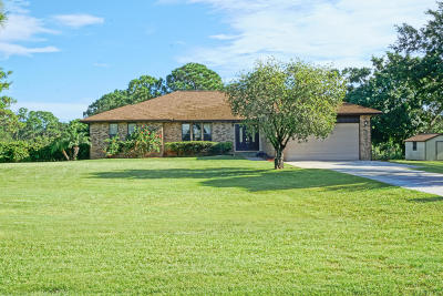 Stuart Single Family Home Contingent: 11526 SW Meadowlark Circle