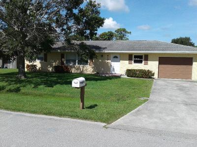 Fort Pierce Single Family Home For Sale: 6105 Raintree Trail