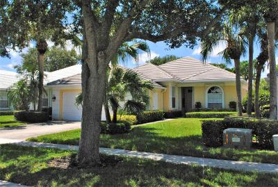 Palm Beach Gardens Single Family Home For Sale: 8499 E Garden Oaks Circle