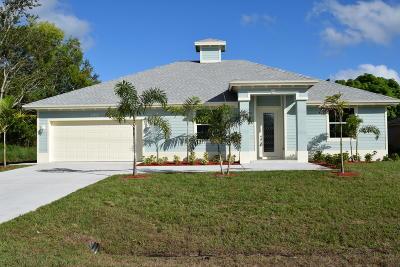 Port Saint Lucie Single Family Home For Sale: 392 SW Tulip Boulevard