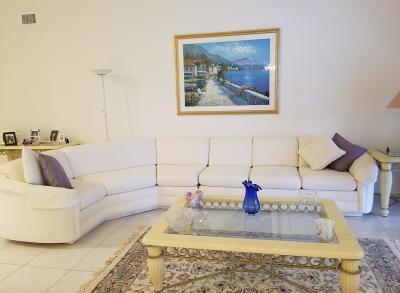 Boynton Beach Condo For Sale: 7634 Majestic Palm Drive #202