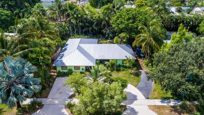 Boynton Beach Single Family Home For Sale: 704 NE 8th Avenue