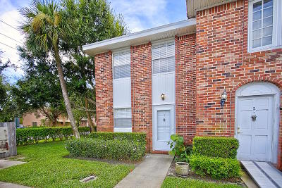 Tequesta Townhouse For Sale: 413 Cypress Drive #1