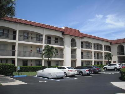 North Palm Beach Condo Contingent: 313 Lake Circle #211
