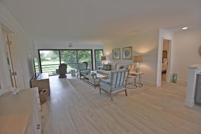 Boynton Beach Condo For Sale: 4124 B Quail Ridge Drive #Osprey