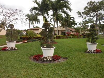 Greenacres Condo For Sale: 802 Sky Pine Way #E2